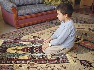 تشویق به نماز