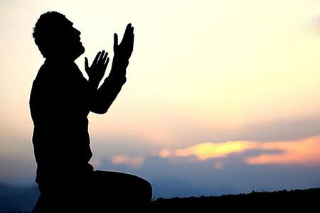 نماز مغرب